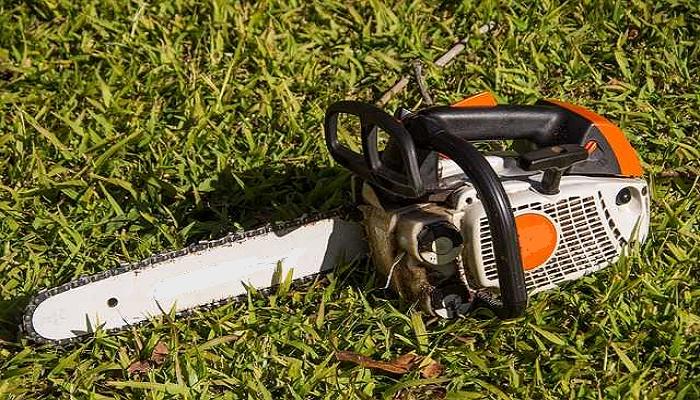 Como usar motosierras de poda en el jardín