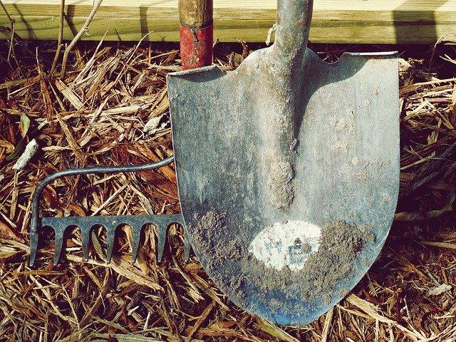 Herramientas para trabajar en el huertoala, herramienta para los huertos
